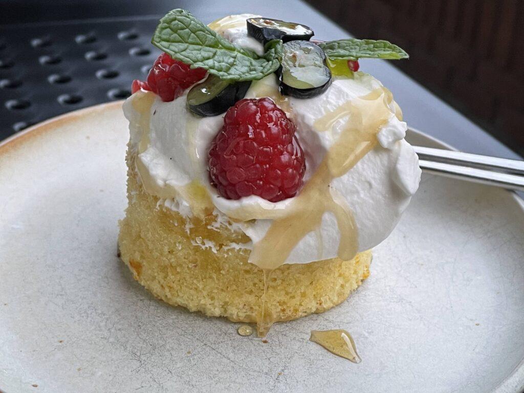 stationaery dessert